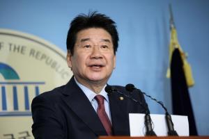비박계 강석호, 자유한국당 원내대표 출마 선언